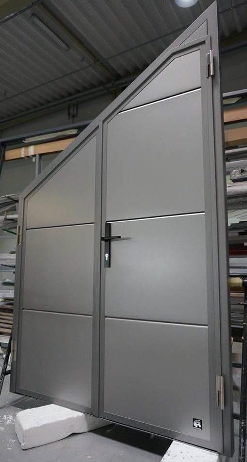 ryterna-side-hinged-sloped-top swing door