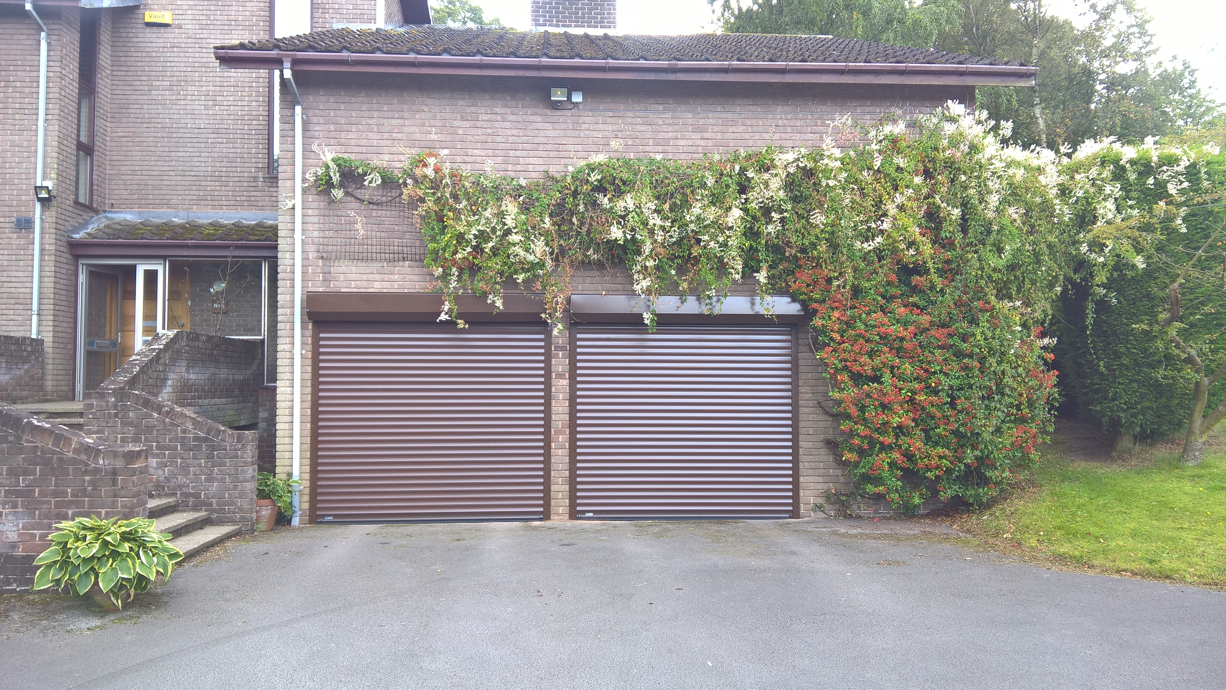 External Roller Doors Mansfield Garage Doors